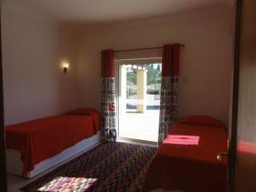Image No.1-Maison / Villa de 5 chambres à vendre à Algarve