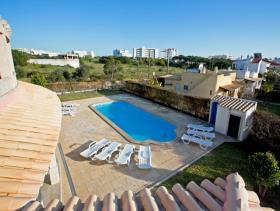 Image No.1-Villa de 9 chambres à vendre à Albufeira