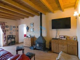Image No.4-2 Bed Farmhouse for sale