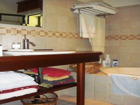 Image No.15-5 Bed Villa for sale