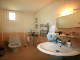 Image No.25-Villa / Détaché de 4 chambres à vendre à Ovacik
