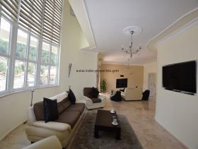 Image No.8-Villa / Détaché de 4 chambres à vendre à Uzumlu