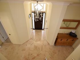 Image No.12-Villa / Détaché de 4 chambres à vendre à Uzumlu