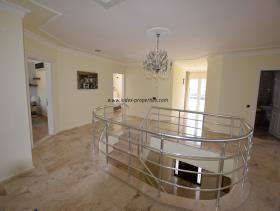 Image No.13-Villa / Détaché de 4 chambres à vendre à Uzumlu