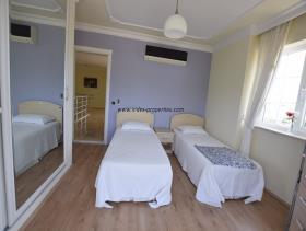 Image No.15-Villa / Détaché de 4 chambres à vendre à Uzumlu
