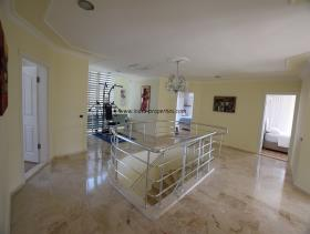 Image No.17-Villa / Détaché de 4 chambres à vendre à Uzumlu