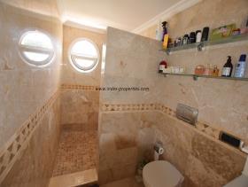 Image No.22-Villa / Détaché de 4 chambres à vendre à Uzumlu