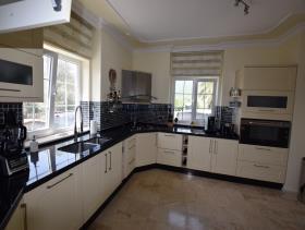 Image No.25-Villa / Détaché de 4 chambres à vendre à Uzumlu