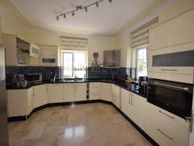 Image No.24-Villa / Détaché de 4 chambres à vendre à Uzumlu