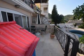 Image No.2-Appartement de 3 chambres à vendre à Karagozler