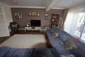 Image No.5-Appartement de 3 chambres à vendre à Karagozler