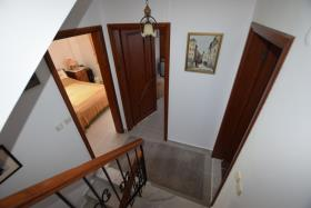 Image No.22-4 Bed Villa / Detached for sale