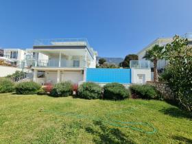 Image No.0-Villa / Détaché de 4 chambres à vendre à Ovacik