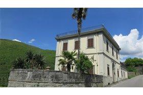 Fivizzano, Villa