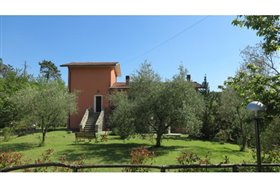 Image No.4-5 Bed Farmhouse for sale