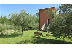 Image No.5-5 Bed Farmhouse for sale