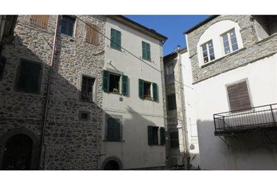 1 - Bagnone, Apartment