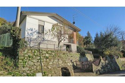 1 - Casola in Lunigiana, Villa