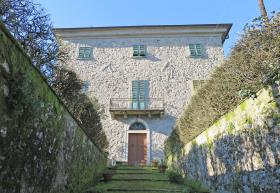 Image No.0-7 Bed Villa / Detached for sale