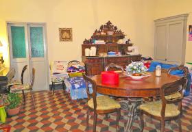 Image No.4-7 Bed Villa / Detached for sale