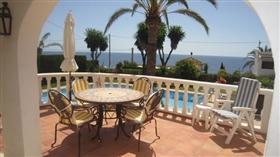 Image No.2-Villa de 4 chambres à vendre à Calpe