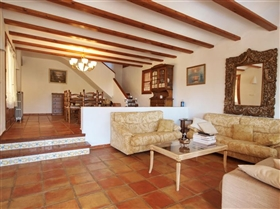 Image No.9-5 Bed Villa for sale