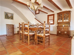 Image No.11-5 Bed Villa for sale