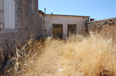 1 - Mochos, Village House
