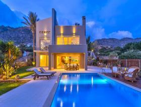 Image No.1-Villa de 4 chambres à vendre à Ierapetra