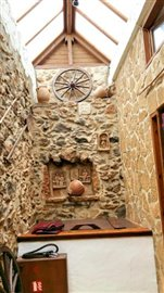 H-MAL124-Traditional-building-old-town-Malia7