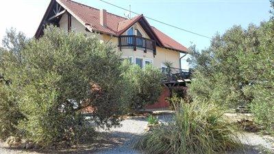 H-HER121-4bedroomhouse-Anopolis-seaview9