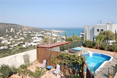 h-stal91-Seaview-property-with-swimming-pool20