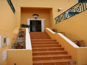 Image No.26-4 Bed Townhouse for sale