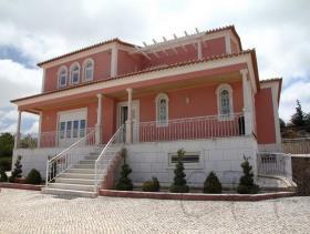 Turcifal, Villa / Detached