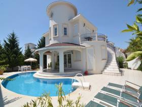 Image No.0-Villa / Détaché de 2 chambres à vendre à Belek