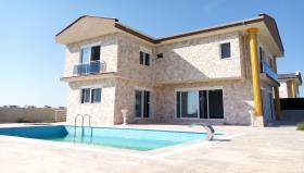 Image No.0-Villa / Détaché de 3 chambres à vendre à Belek