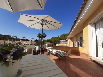 vivienda-casa-adosada-en-venta-en-valencia-pprvtg158935