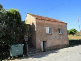 Image No.0-Chalet de 2 chambres à vendre à Cernache do Bonjardim