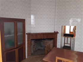 Image No.14-6 Bed Townhouse for sale