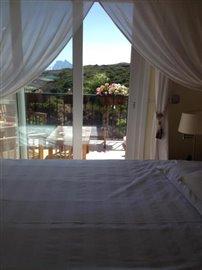 Bedroom--Large-