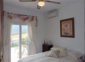 Image No.17-Maison de campagne de 4 chambres à vendre à Alcaucín