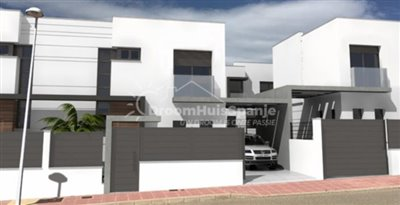spacious-villa-with-private-parking
