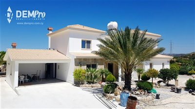 12998-detached-villa-for-sale-in-armoufull