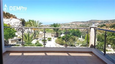13011-detached-villa-for-sale-in-armoufull