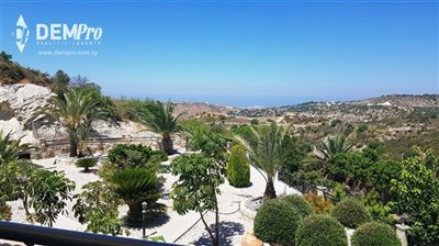 13012-detached-villa-for-sale-in-armoufull