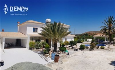 13024-detached-villa-for-sale-in-armoufull