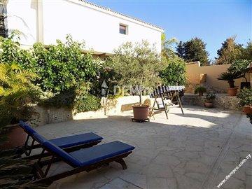 14806-detached-villa-for-sale-in-mesa-choriof