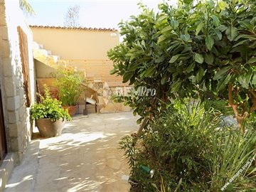 14807-detached-villa-for-sale-in-mesa-choriof