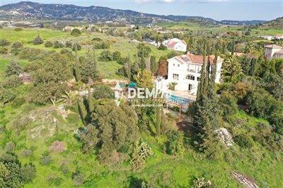 16712-villa-for-sale-in-monagroullifull