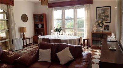 16689-villa-for-sale-in-monagroullifull